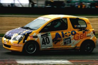 2002YarisCup (1)